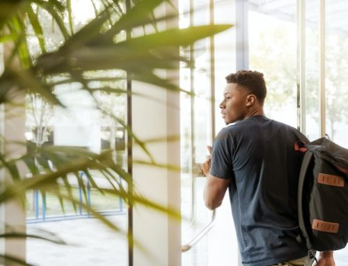 1,000 scholarships to America's black community offered