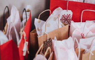 holiday shopping packages