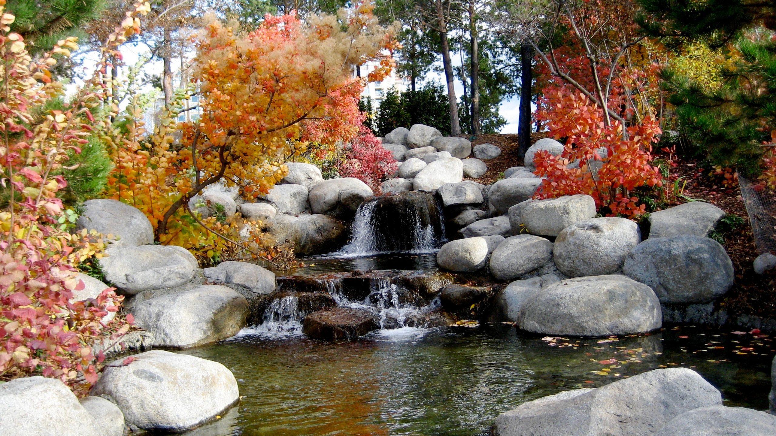 travel autumn